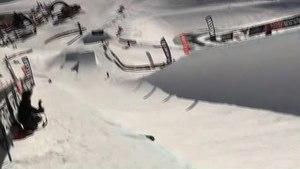 File:Snowboard half-pipe.ogv