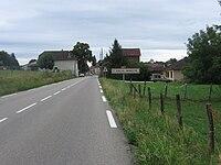 Sortie de Saint-Sorlin-de-Morestel.JPG