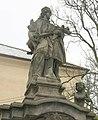 Sousoší u kostela v Českých Zlatníkách (Q36860446) 01.jpg