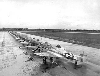 Spence Air Base - Curtiss P-40F Warhawks after their arrival at Spence AAF, 1944. Curtiss P-40F-20-CU 41-20039 in foreground.