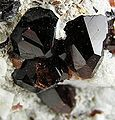 Spessartine-Feldspar-Group-199456.jpg