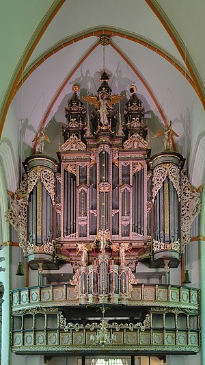Georg Böhm - The baroque organ in the Johanniskirche, Lüneburg where Böhm was principal organist