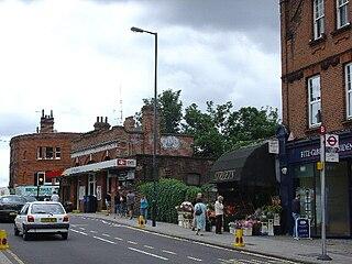 St Margarets railway station (London) railway station in London Borough of Richmond upon Thames, UK