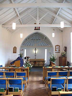 East Runton - Image: St Andrews Church East Runton(John Salmon)Apr 2005