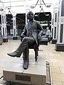 Statue of Isambard Kingdom Brunel, Paddington station in March 2011.jpg