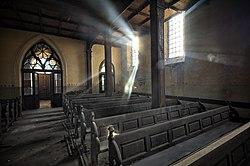 Stawiszyn Nieczynny Kościół Tył kościoła.jpg
