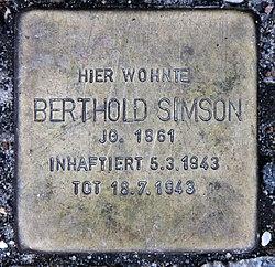Photo of Berthold Simson brass plaque