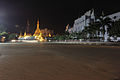 Sule pagoda and cityhall at night.JPG
