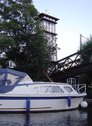Sunbury Court Island - Tower by the bridge on the island