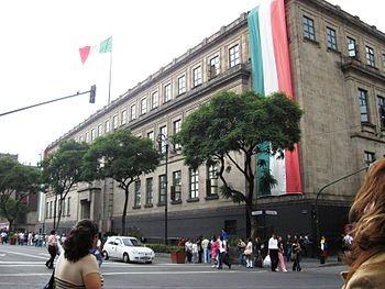 English: View of the Mexican Supreme Court bld...
