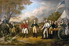 In einem amerikanischen Armeelager mit zwei britischen rotgekleideten Offizieren mit weißen Hosen links bietet der britische General Burgoyne sein Schwert an, um sich dem amerikanischen General Gates in einem blauen Mantel und einer Buff-Hose rechts in der Mitte, rechts flankiert, zu ergeben von US-Oberst Morgan ganz in Weiß gekleidet.