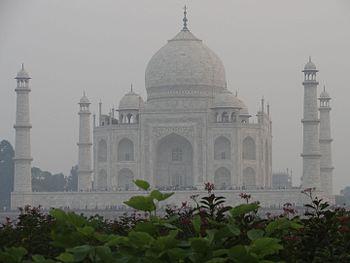 Taj Mahal,Agra,India 12.jpg
