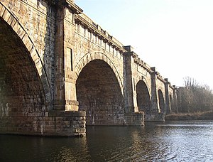 Lune Aqueduct - Image: The Lune Aqueduct. Halton geograph.org.uk 639775