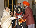 The President, Smt. Pratibha Patil presenting the Dhyan Chand Award -2007 to Shri Varinder Singh for Hockey at a glittering function, in New Delhi on August 29, 2007.jpg