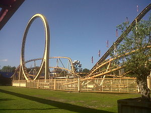 Attractiepark Slagharen - Thunder Loop.