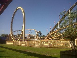 Attractiepark Slagharen - Thunder Loop.