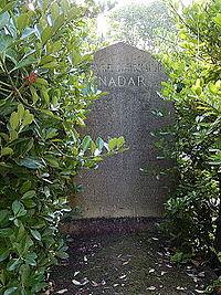 Tombe de Nadar (division 36).JPG