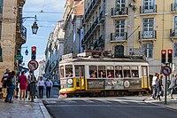 Tram (35067339036).jpg