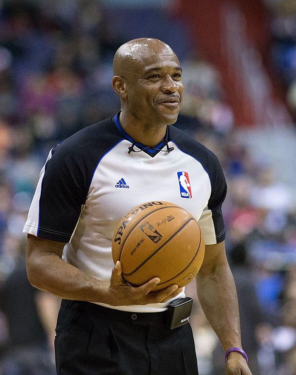 File:Tre Maddox, NBA r...