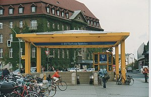 Rathaus Spandau (Berlin U-Bahn) - Entrance to the U-Bahn station, which is named after Spandau townhall, seen behind