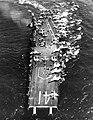 USS Midway (CVA-41) underway at sea in 1962 (NNAM.1996.488.116.031).jpg
