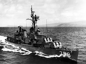 USS Strong (DD-758) underway off Oahu in 1968