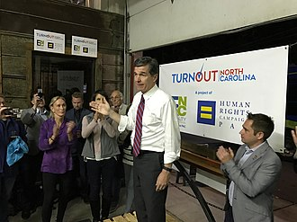 Roy Cooper - Cooper campaigning in October 2016