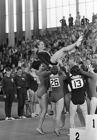 Věra Čáslavská - Čáslavská and the Czech team at the 1967 European Championships