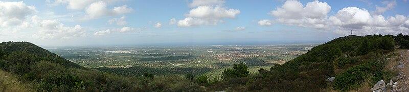 File:Valle d'Itria (Apulia).jpg