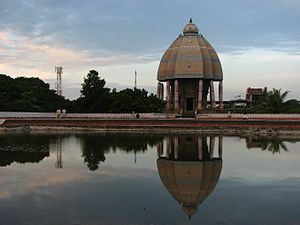 English: Valluvar Kottam from the Terrace of t...