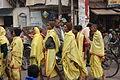 Varanasi, relatives of a deceased person (6292122059).jpg