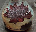 Vase aux nénuphars bruns.jpg