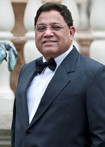 English: Vasu Chanchlani (born July 1, 1952) i...