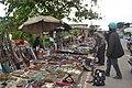 Vendeurs ambulants de quincallerie 2.jpg