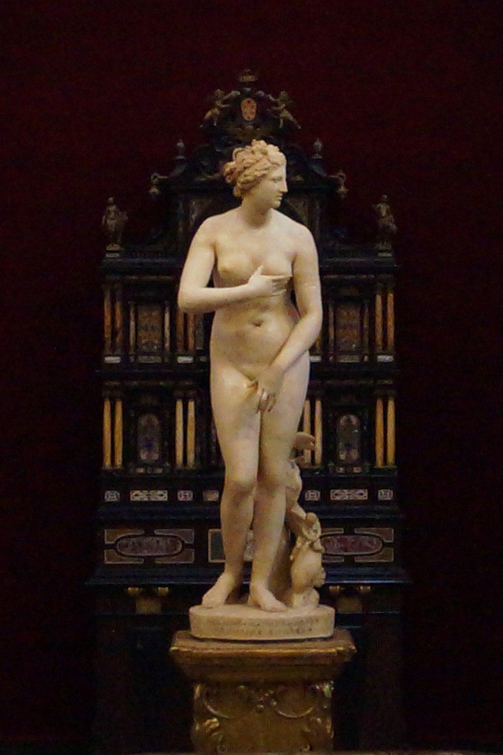 Venus de' Medici-Medici Venus
