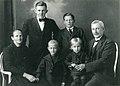 Victor Matsson family c 1922.jpg