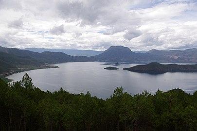 View over Lugu Lake (Luguhu Nature Reserve with WDPA ID 95771).jpg