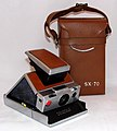 Vintage Polaroid SX-70 Single Lens Reflex Land Camera, Made In USA, Introduced In 1972 (35531288650).jpg