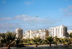 Costa da Caparica - Condominiums and residences in the built-up portion of the parish