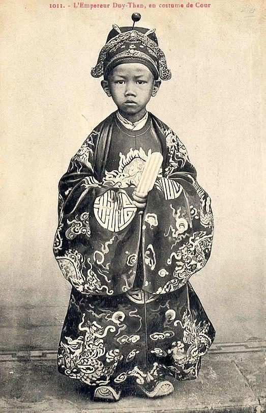 Vua Duy Tan nho