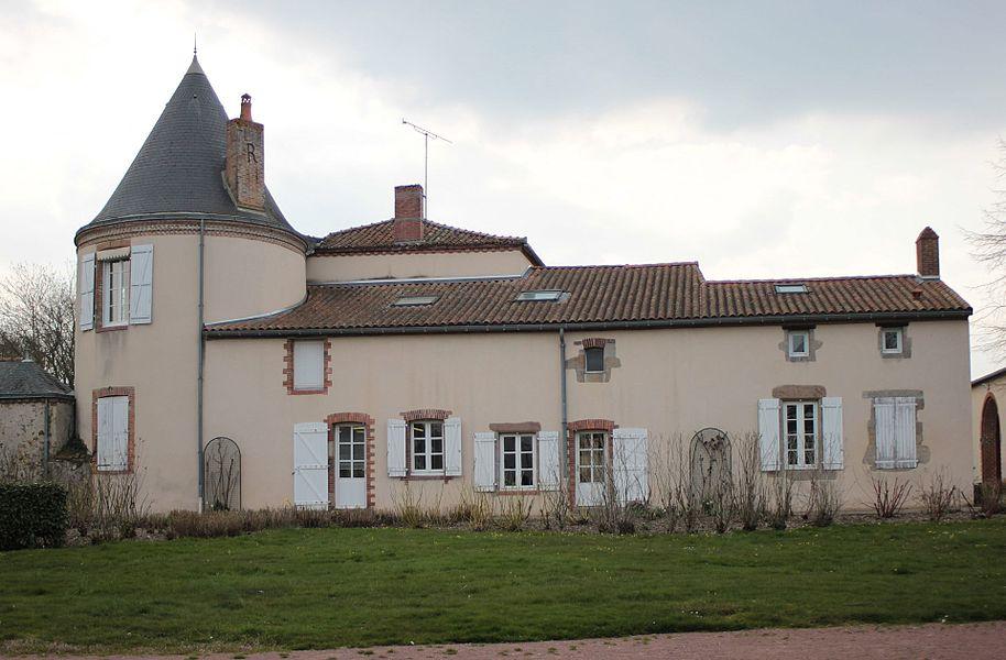 Mairie, lieu-dit le Landreau, Fr-49-Saint-Léger-sous-Cholet.