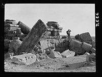 Wady Sha'ib Es-Salt, Amman, etc. Amman, ruins on Acropolis hill LOC matpc.15298.jpg