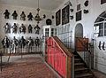 Waffenhalle im Burgmuseum Meersburg.jpg