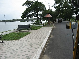 Cherai Beach - Image: Walk Way Cherai