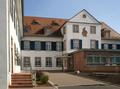 Wasserlos Schlosshof 1 (02).png