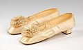 Wedding slippers MET 71.32.3a-b CP4.jpg