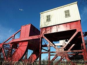White Cart Bridge - Image: White Cart 'Swing' Bridge, Renfrew geograph.org.uk 1158281