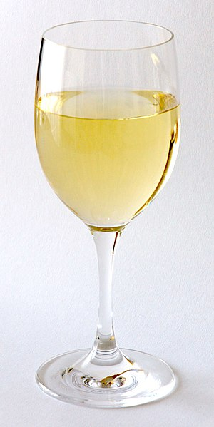 White wine - Glass of white wine