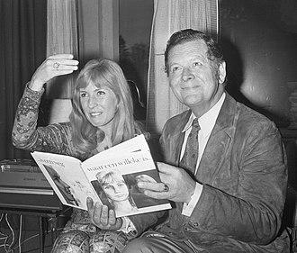 Willy van Hemert - Willeke Alberti and Willy van Hemert (right) in 1971