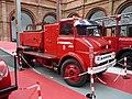Zaragoza - Museo Bomberos - Camión autotanque Ebro (1966).jpg